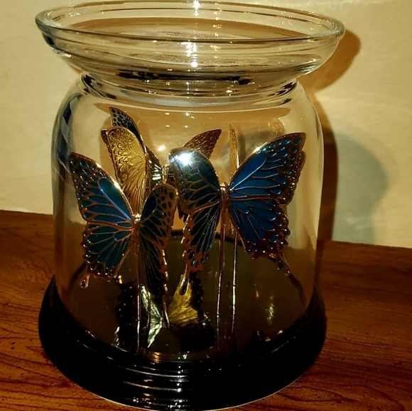 BATH and body works butterfly candle holder